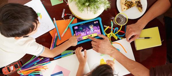 Best Laptop for Kids - Family Photo