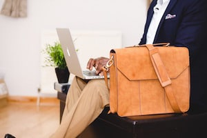Best Laptop Bags for Men Featured